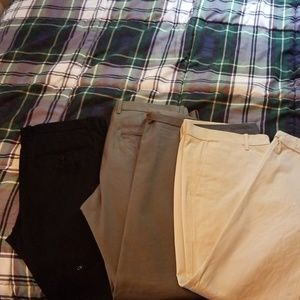 3 pairs of gap khakis